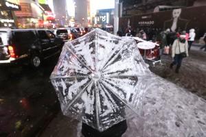 Tormenta de nieve cubre el noreste de EE.UU.