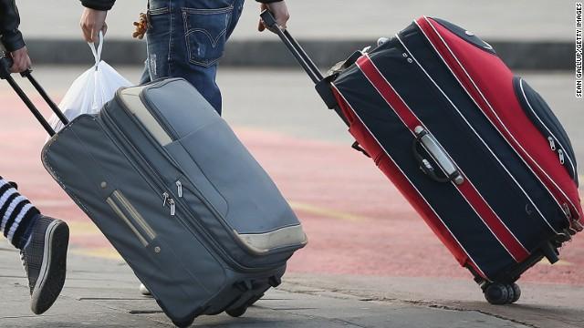 Venecia prohíbe las maletas con ruedas