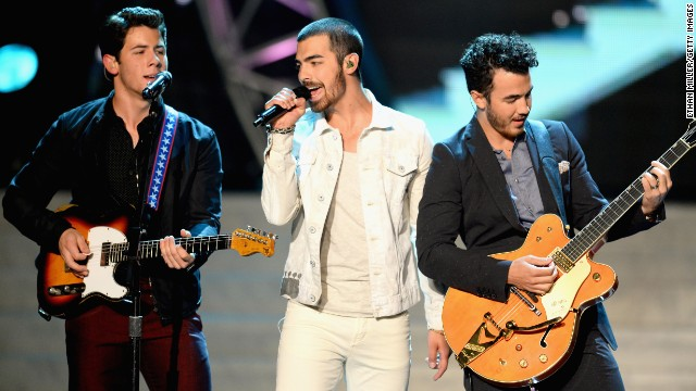 Later that month, Nick Jonas, Joe Jonas and Kevin Jonas, also known as the pop group the Jonas Brothers, <a href='http://www.cnn.com/2013/10/29/showbiz/music/jonas-brothers-breakup/'>broke up</a> over creative differences.