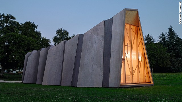 This temporary chapel, by Localarchitecture and the Bureau d'Architecture Danilo Mondada, was put on site while builders spent 18 months completing a much bigger structure.