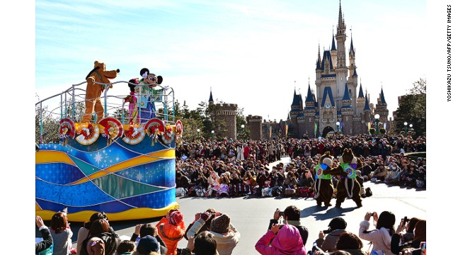 The Magic Kingdom (Disneyland) retains its most popular title in a few countries. It was the top destination for Australians, despite the fact that the closest one is in Hong Kong. It was also the number one most searched domestic travel destination within Japan.