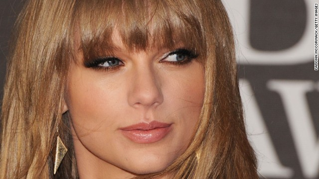 Singer Taylor swift signed a deal with IMG in April 2012 which saw the company take care of worldwide marketing, endorsements, tour sponsorships and licensing.<!-- --> </br>