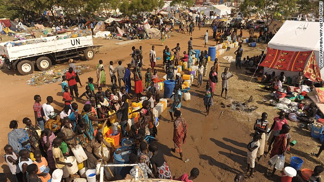 http://i2.cdn.turner.com/cnn/dam/assets/131222064424-south-sudan-refugees-story-top.jpg