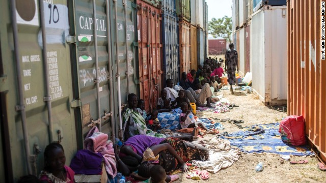 South Sudanese civilians seek shade at the base on December 17.