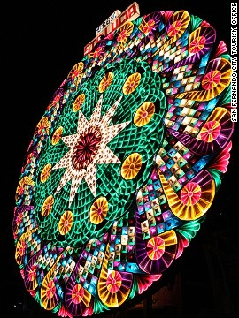 San Fernando is the birthplace of the Philippines' giant Christmas lantern and home to the annual Ligligan Parul (Giant Lantern Festival). Each lantern stands about 20 feet high and features 5,000 or so lights.