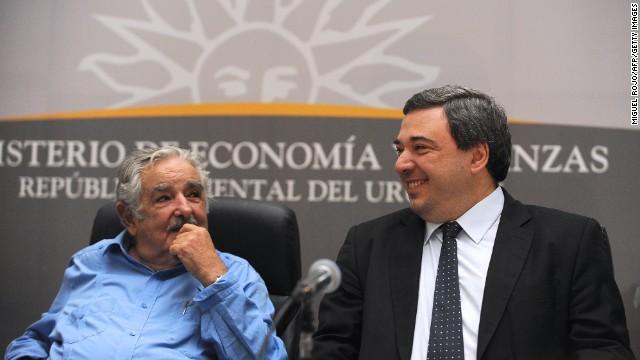Nuevo ministro de Economía de Uruguay promete continuidad en políticas