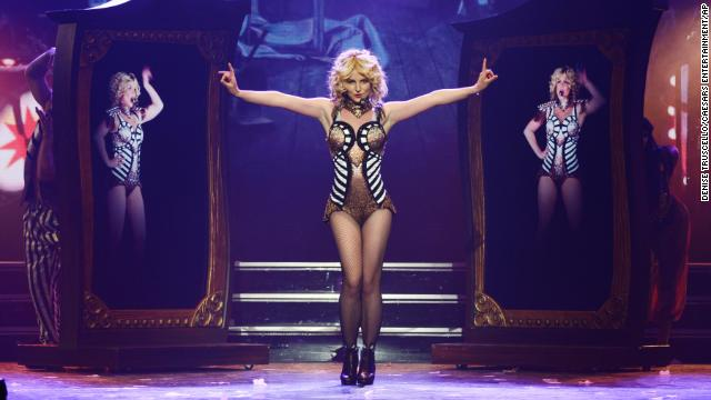 Britney Spears accused of lip-syncing