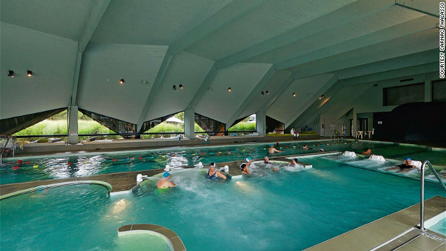 One of the best thalasso (seawater) spas, Carnac has a huge indoor-outdoor saltwater pool.