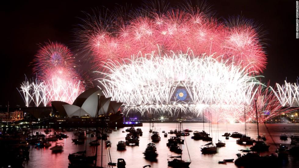 El mundo celebra la llegada del 2014