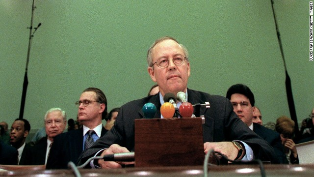 Starr testifies during Clinton's House impeachment hearings.