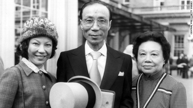 <a href='www.cnn.com/2014/01/07/world/asia/run-run-shaw-dies/index.html' target='_blank'>Sir Run Run Shaw</a>, the media tycoon who helped bring Chinese martial arts films to an international audience, died at his home in Hong Kong on January 7 at age 106, the television station he founded said.
