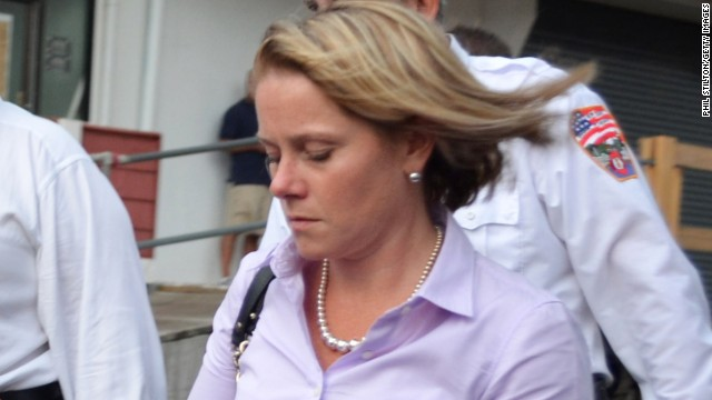 Former Christie aide fights subpoena in court