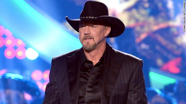 Country singer Trace Adkins suffered