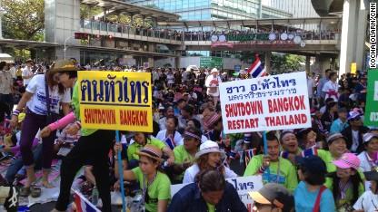Bangkok 'shutdown' extends into 2nd day