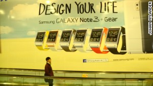 Ad promoting Samsung\'s Galaxy Gear on Hong Kong\'s subway.