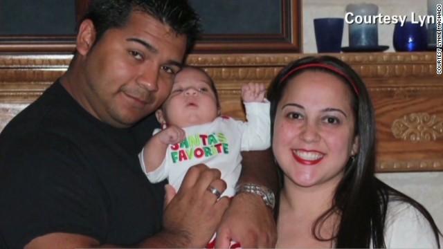 Esposo de embarazada con muerte cerebral demanda para que la dejen morir