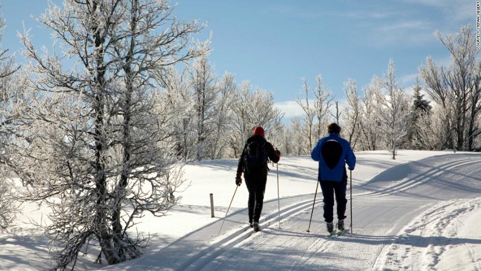 Febrero: Esquiar de posada a posada en Noruega