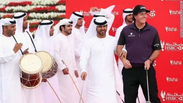 World No.5 Phil Mickelson puts on his dancing shoes as he appears on stage for a traditional Al Razfa performance with a golfing twist.