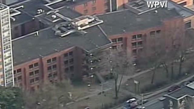Al menos 2 estudiantes heridos por disparos hacia una escuela en Filadelfia