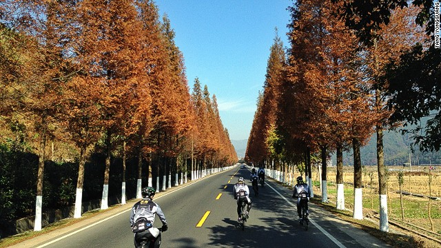 The leg between Taizhou and Ningbo in Zhejiang Province offered autumn colors and clear-sky respite for Ride for Hope cyclists. The ride took place in mid-November.