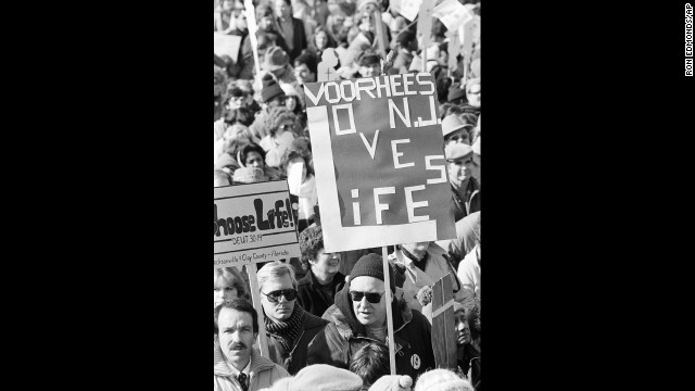 Supporters of the anti-abortion movement rally on January 23, 1984, on the Ellipse in front of the White House to listen to speakers and begin the March for Life on the 11th anniversary of legalized abortion.