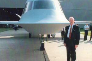 El primer piloto del Tacit Blue