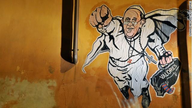 El Vaticano tuitea la foto de un grafiti del 'superpapa' Francisco
