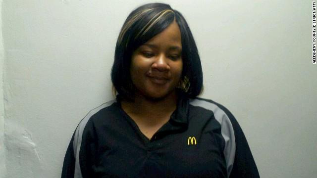 Detienen a empleada de McDonald's por vender heroína en 'cajitas felices'