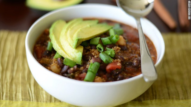 Nutritional superstar quinoa has a starring role in this black bean and quinoa chili recipe, alongside diced tomatoes, herbs and spices.