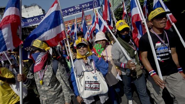 Al menos seis heridos en un tiroteo en Tailandia en protestas antigubernamentales