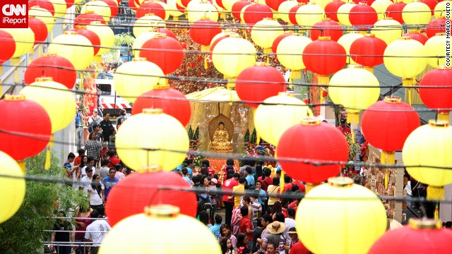 Manila residents and tourists alike celebrate Chinese New Year on January 31. See more photos on <a href='http://ireport.cnn.com/docs/DOC-1079811'>CNN iReport</a>.