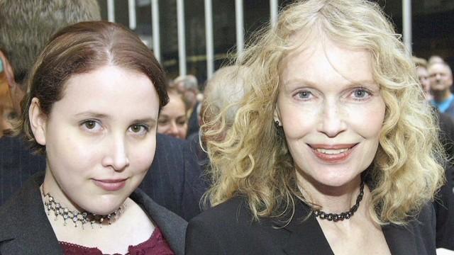 Woody Allen culpa a Mia Farrow