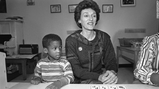 <a href='http://ift.tt/1fpGvXp'>Joan Mondale</a>, the wife of former Vice President Walter Mondale, died on February 3, according to a statement from the family's church.