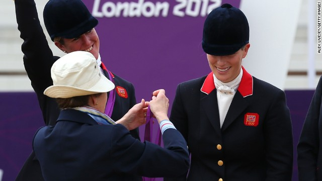 She was presented her medal by her mother, Princess Anne, who participated in the 1976 Olympic Games in Montreal as a member of Britain's equestrian team.