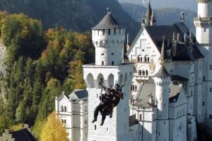 'Planenando' sobre el castillo de Neuschwanstein (Alemania)