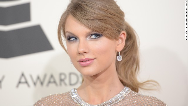 Taylor Swift on new album, dating and keeping her clothes on