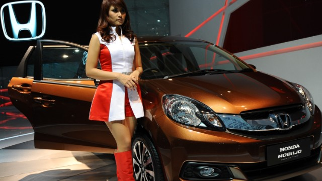 Honda's Mobilio on display at The 21st Indonesia International Motor Show (IIMS) 2013.