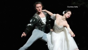 Male ballet dancers fight stereotypes