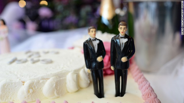 Poll: Record high favor legal same-sex marriage