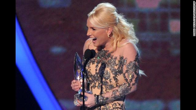 A blond Spears takes the stage at the 40th Annual People's Choice Awards to accept the favorite pop artist award on January 8.