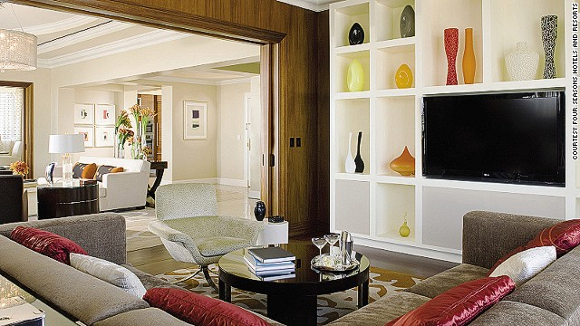 The three-bedroom, 5,000-square-foot Penthouse Suite at the Beverly Wilshire Hotel in Beverly Hills, California is the largest suite in Los Angeles. The room clocks in at a princely $25,000 per night, and comes equipped with a wrap-around balcony and a dining room that seats 12 guests.