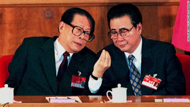 [File photo] Former President of China Jiang Zemin (left) and former PM Li Peng in Beijing on 17 March (year unknown).