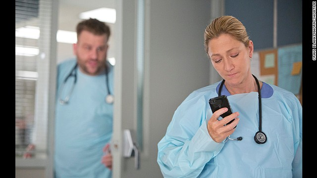 'Nurse Jackie' to end its run, and more news to note