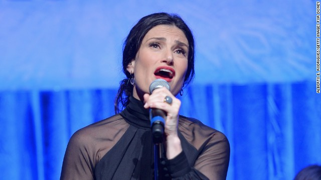 Idina Menzel will 'Let It Go' at the Oscars