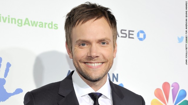 Joel McHale's hosting the White House Correspondents' Dinner