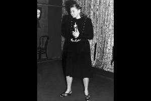 Ingrid Bergman (1945)