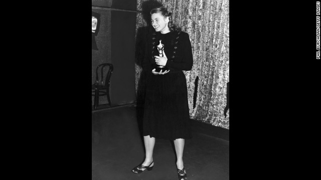 "Ingrid Bergman didn't have to wait long to hold her own best actress award. Here, she poses with the Oscar she earned for her role in the film ""Gaslight."""