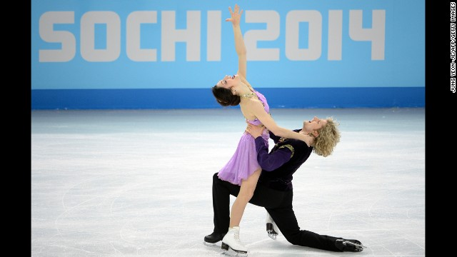 Davis and White perform their free dance.