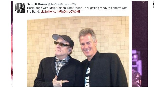 Scott Brown jams on stage with Cheap Trick