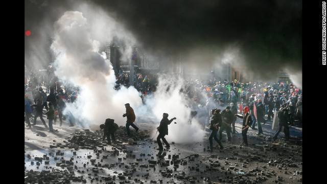 Violence between police and protesters escalates February 18 in Kiev.